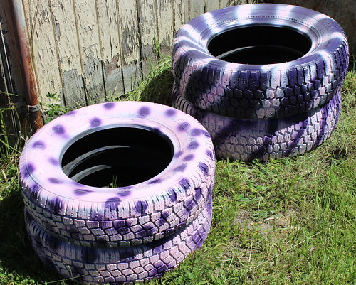 Raised planters from tires