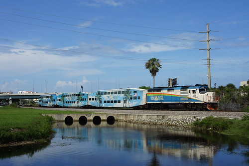 TRI RAIL P678 AT WEST PALM BEACH, FL