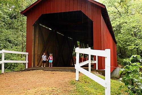 Bridge_Under-Umb-Kids-Holdn-Hands