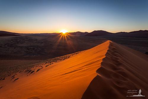 sunset orange sand desert dusk dune 45 namibia starburst sossusvlei deadvlei