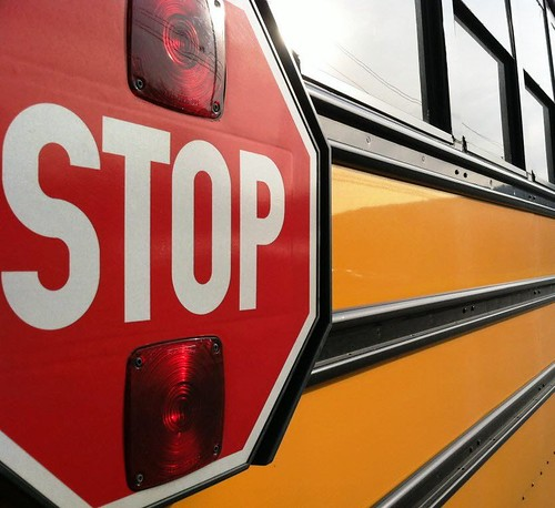 school-bus-stop-sign drive by linear actuator