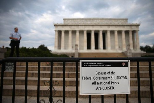 lincoln-memorial-close-us-gov-shutdown-1oct2013