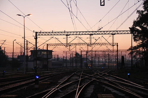 railroad morning building station sunrise canon dawn tracks poland polska rail railway signals e30 catenary wrocław pkp e59 interlockingtower lowersilesia dolnośląskie dolnyśląsk wrocławgłówny canoneos550d canonefs18135mmf3556is d29271 d29132 d29276 d29273 d29285 d29763