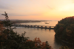 Dawn on the Illinois River from the Top of Starved Rock 11022013