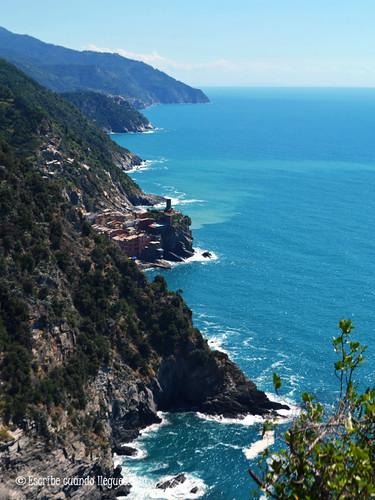 Vista de Vernazza, bonito pueblo situado en Cinque Terre
