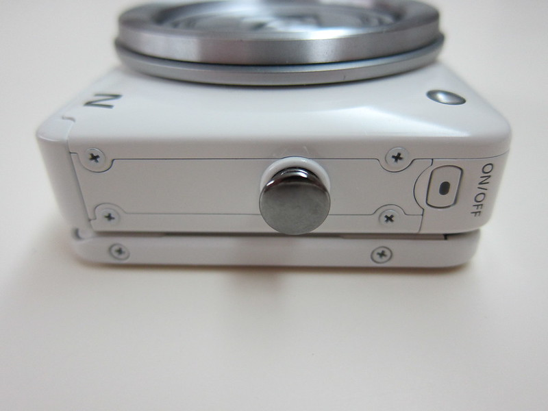 Canon PowerShot N - On/Off Button