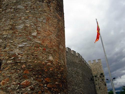 Албанії