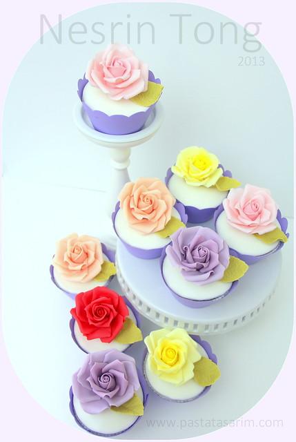 roses cupcakes1