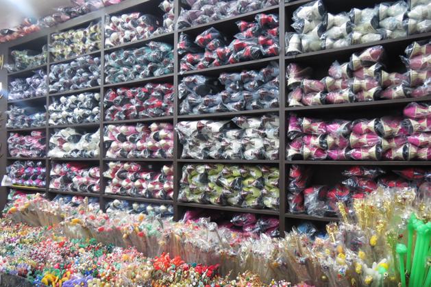 眼花撩亂的韓國傳統首飾中盤商