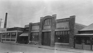 Motor garage, 24 Gilbert Street, Adelaide, 1926