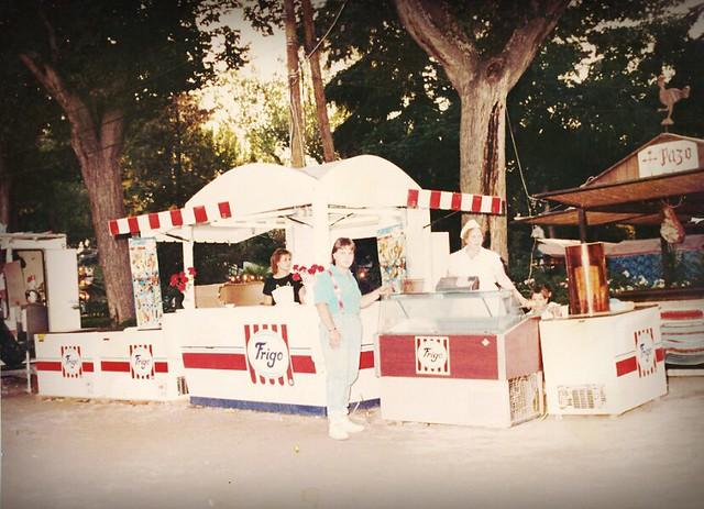 Puesto de helados en el Paseo de Merchán. Cortesía de la familia Torrecillas
