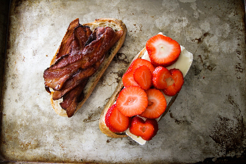 Brie, Bacon and Strawberry Grilled Cheese