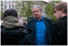 #Oplatz - Andrej Hunko from Die Linke visit the refugees @ Oranienplatz