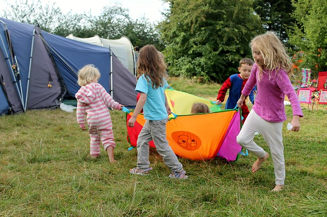 camping party parachute game
