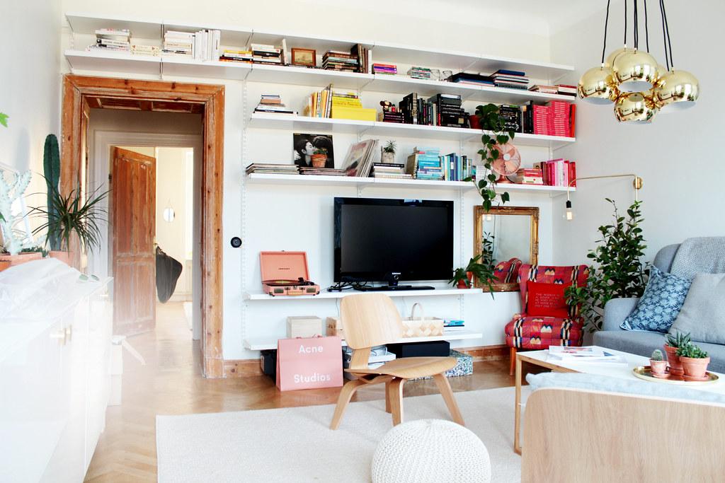 Fantastisk en bokhylla i ett vardagsrum. | Sandra Beijer XO-03