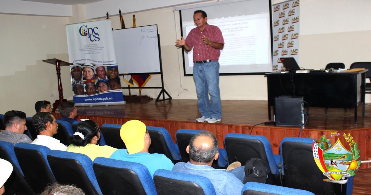 GADM Chone y CPCCS capacitan a líderes comunitarios y funcionarios públicos
