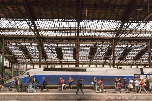 Gare de Lyon - A decisive moment by andiwolfe