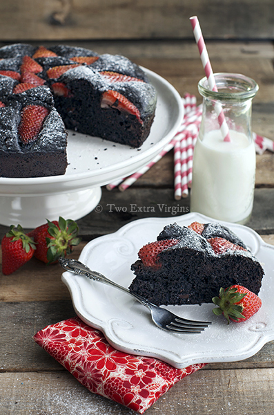 evoo_choc_cake_strawberries2_cr