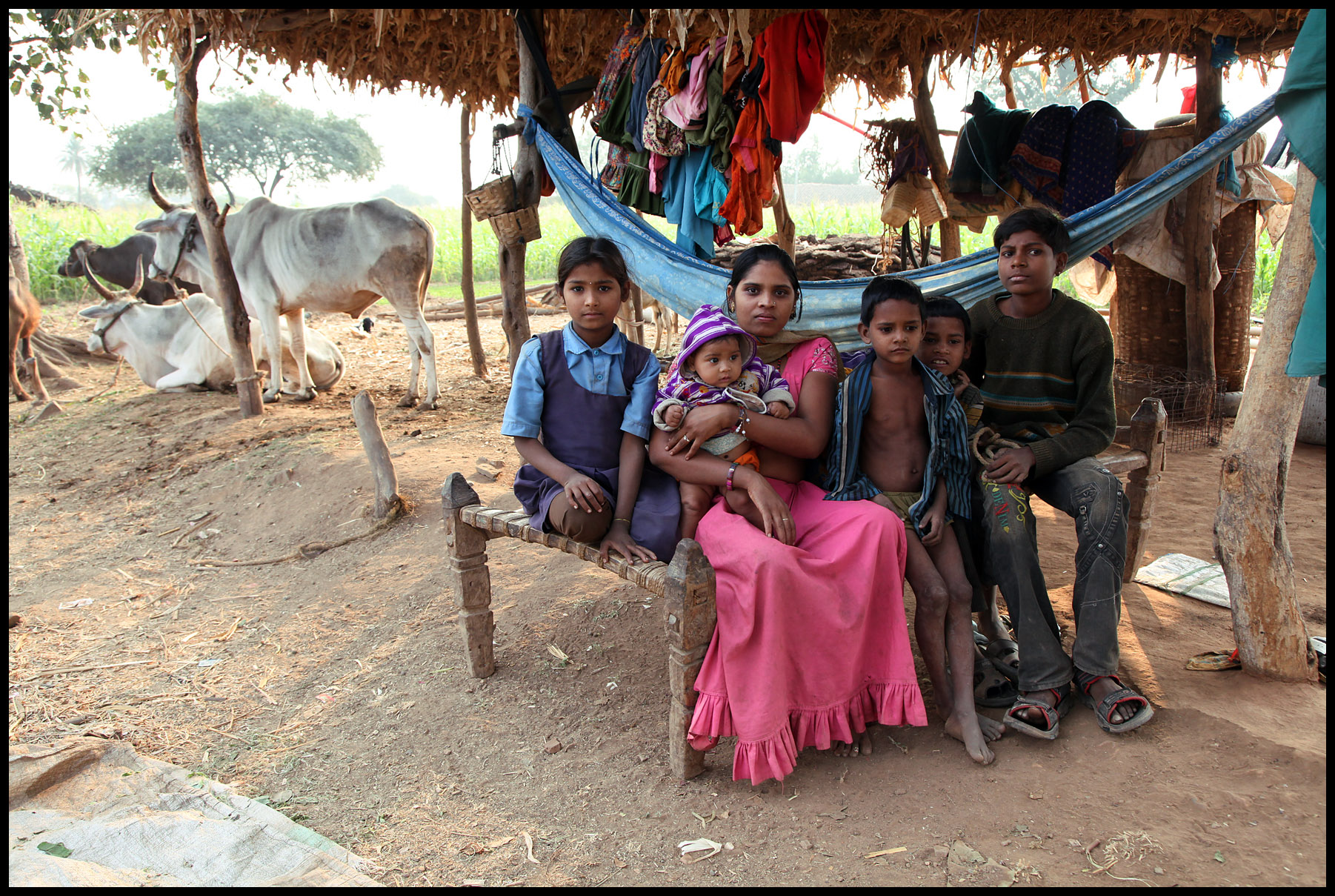 portrait of peasant family of the bhil tribe india madya flickr photo sharing. Black Bedroom Furniture Sets. Home Design Ideas