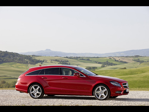 Video Audi RS6 v Mercedes CLS 63 AMG Shooting Brake: Super Wagons Faceoff