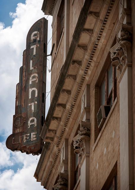 Atlanta Life vertical sign, Masonic Temple Building (1922), 1630 4th Avenue N, Birmingham, AL, USA