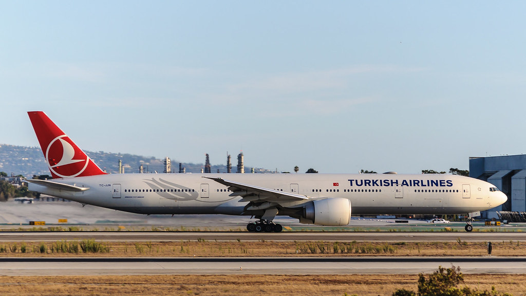 TC-JJN - B77W - Turkish Airlines