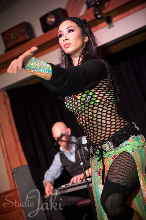 Anasma and Beatbox Guitar by Studio Jaki - World Bellydance Alliance 32