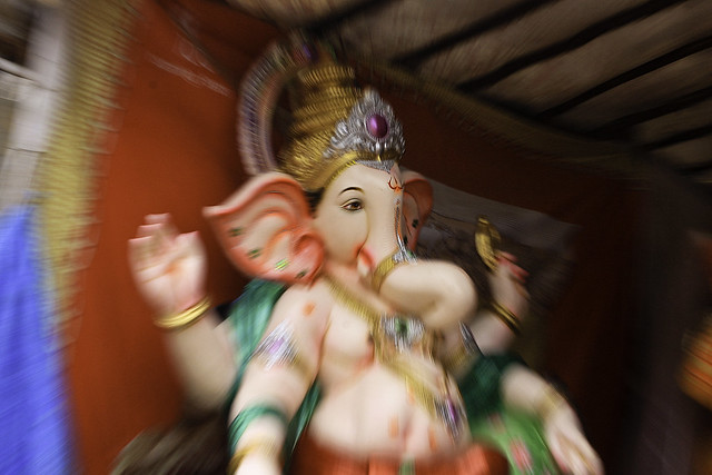 Trying a zoom in while capturing Lord Ganesha statue