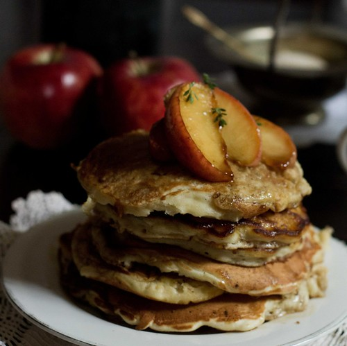 apple & thyme pancakes