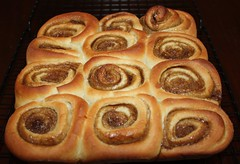 baking, bread, baked goods, cinnamon roll, food, viennoiserie, cuisine, danish pastry,
