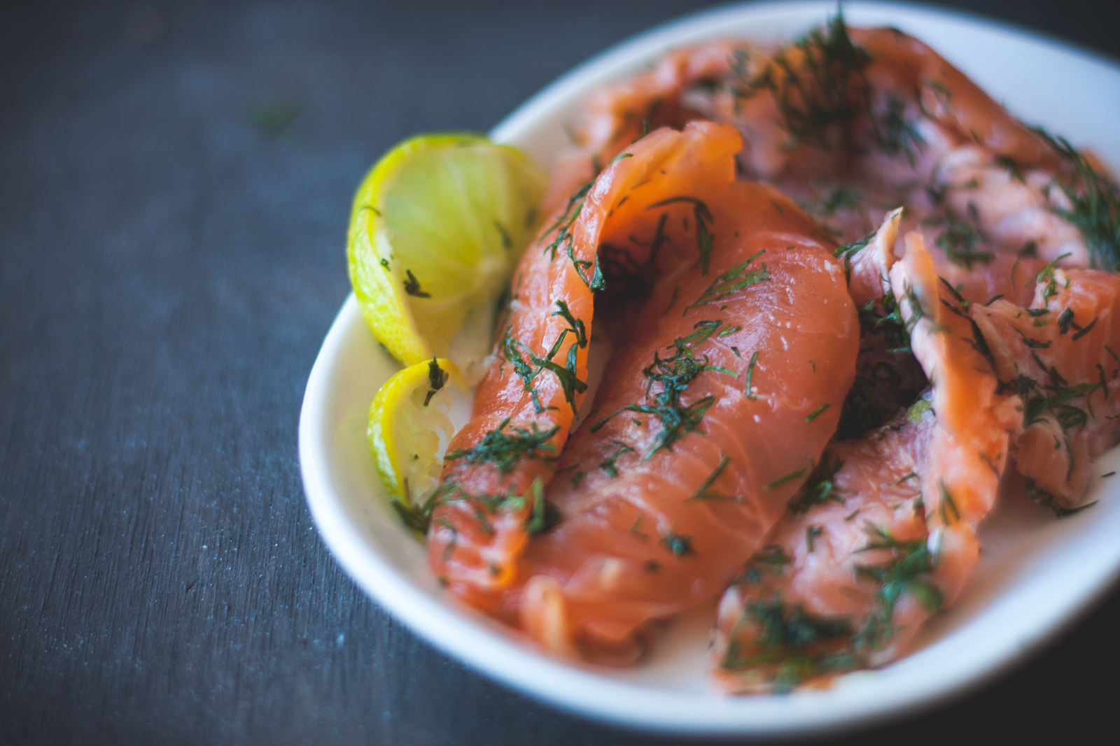 Homemade Salmon Gravlax with Sweet Dill & Mustard Sauce