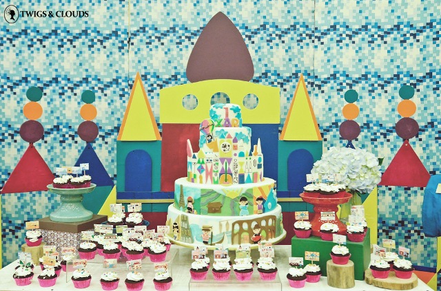 Xari's it's a small world themed party