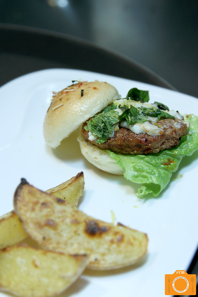 Sauceria Artisanal All Beef Burger