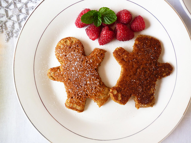 Raspberry Bloom: Gingerbread Pancakes #flickr12days
