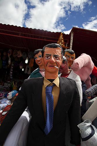 Año Viejo dummies in Ecuador