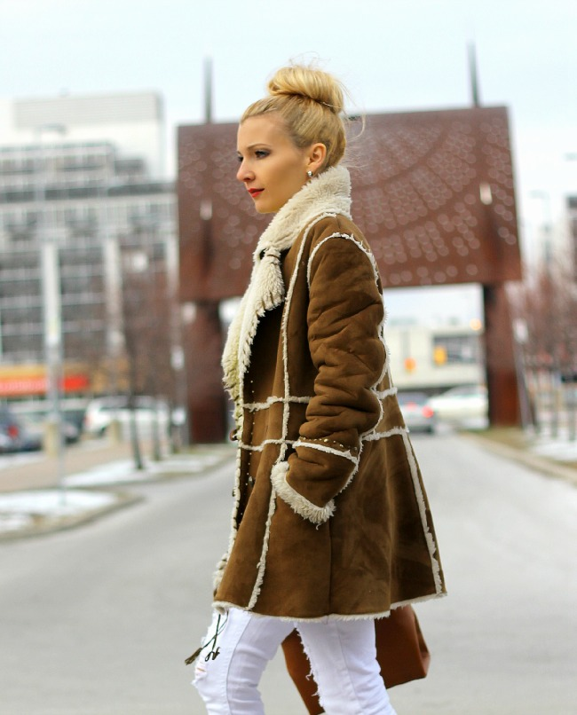 camel-suede-shearling-coat-amadeus-on-the-catwalk-2
