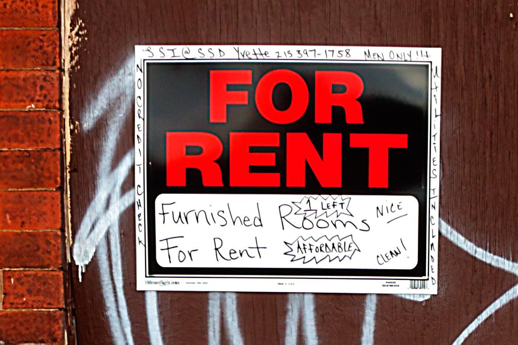 Room-for-rent-on-Allegheny-on-1-19-14--Kensington-(detail)