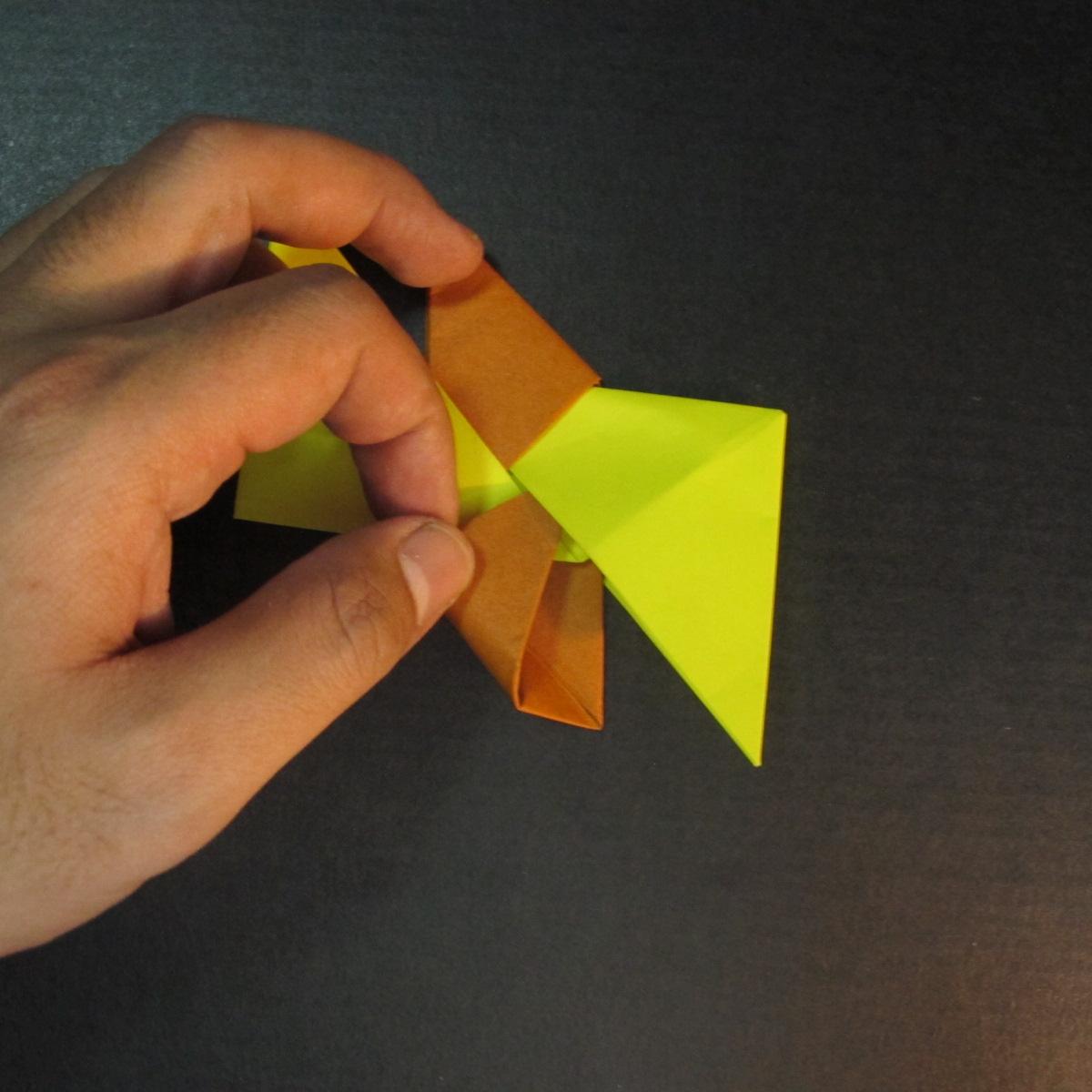 สอนวิธีพับกระดาษเป็นดาวกระจายนินจา (Shuriken Origami) - 012