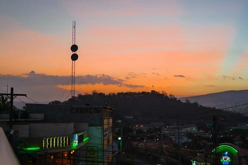sunset samsung honduras tegucigalpa missiontrip centralamerica partlycloudy centroamerica franciscomorazan samsungcamera nanpalmero nx300 mirrorlesscamera samsungnx300 imagelogger ditchthedslr