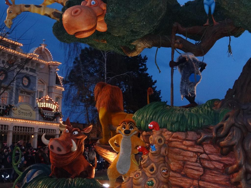 Un séjour pour la Noël à Disneyland et au Royaume d'Arendelle.... - Page 4 13695531475_f8ac7a3c6a_b
