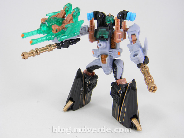 Transformers Undertow con Waterlog Power Core Combiners - modo robot