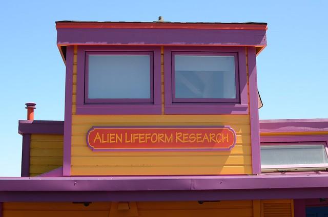 Houseboat: Alien Lifeform Research