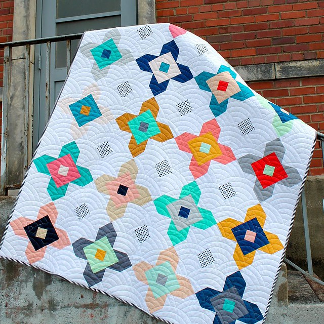 For the evening crowd: check out my blog www.kelbysews.com for info on the @stashfabrics Kona Blog Hop and coupon code! Also, see my previous post to enter to win 2 mini charm packs of my custom bundle plus a copy of the latest @heartsandbees pattern, Fle