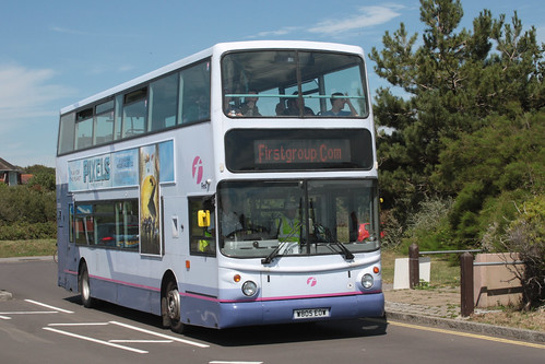 First Hampshire and Dorset 32035 W805EOW