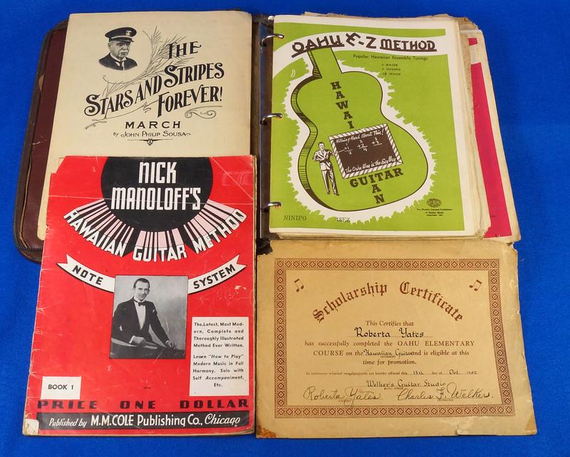 RD15283 40+ Sheet Music Booklets Oahu Publishing E-Z Method Hawaiian Guitar 1941 in Leather Notebook DSC09041