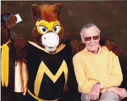 Big Wow ComicFest 2013: Stan Lee and his latest discovery...The Masked Mustang!