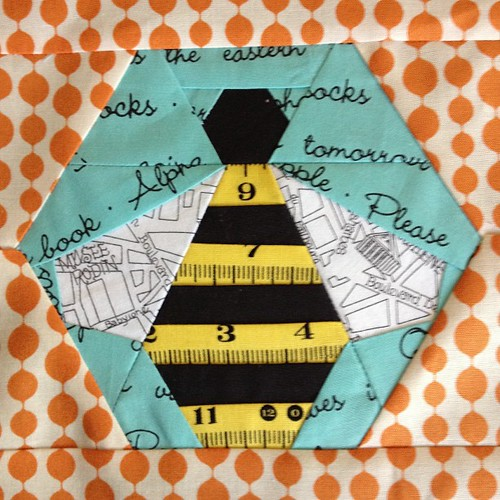 Bee block for my #circle7 quilt from the badskirt tutorial