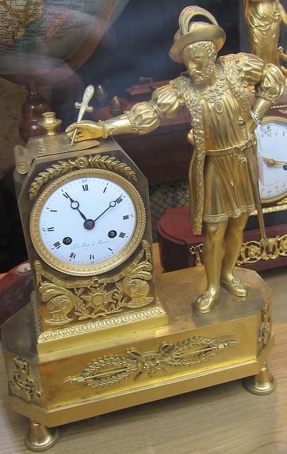 Renessanssimies ja kello