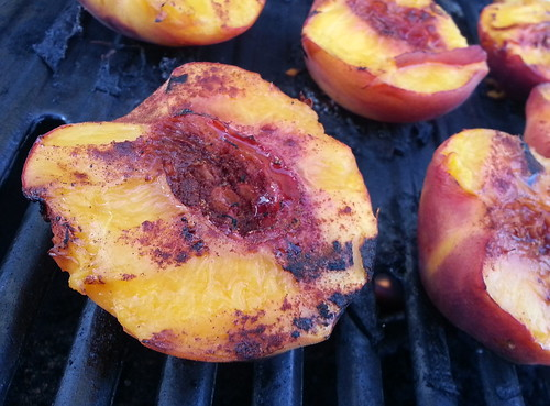 grilled peaches1