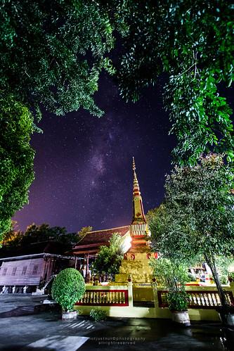 Milkyway behinds Golden Pagoda